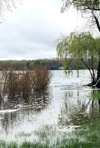 Filtration von invasiven Wandermuscheln im Hochwasserschutz, USA